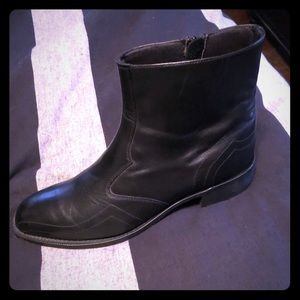 Men's black leather boots